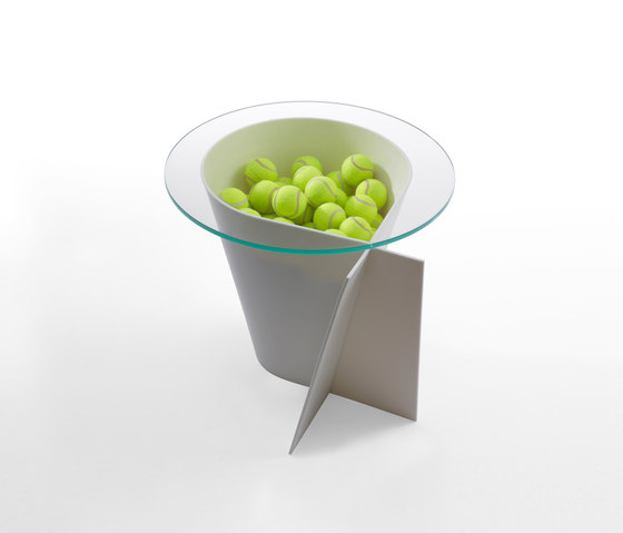Loop Table by 8000C | Side tables