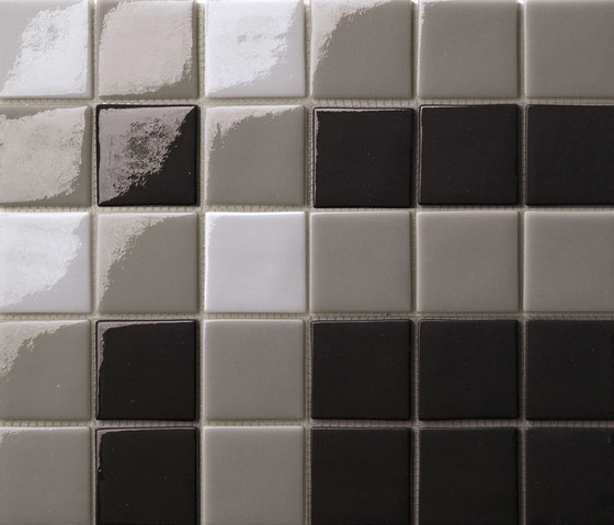 Decor 50x50 Cross Black de Mosaico+ | Mosaïques