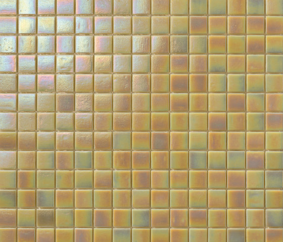 Perle 20x20 Beige by Mosaico+ | Glass mosaics