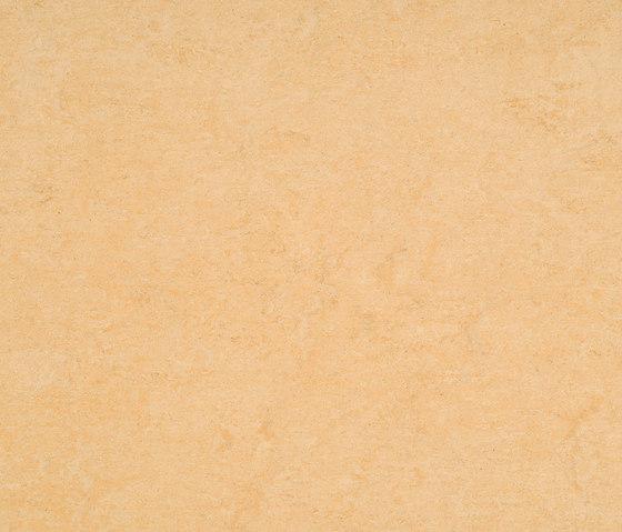 Marmorette LPX 121-098 by Armstrong | Linoleum flooring