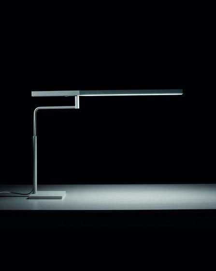MINISTICK Lampada da tavolo di Karboxx | Illuminazione generale