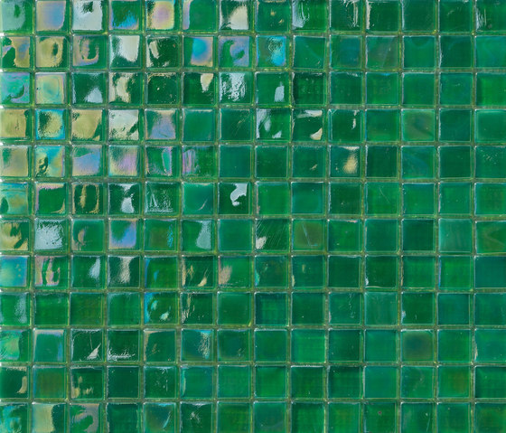 Perle 15x15 Verde by Mosaico+ | Glass mosaics