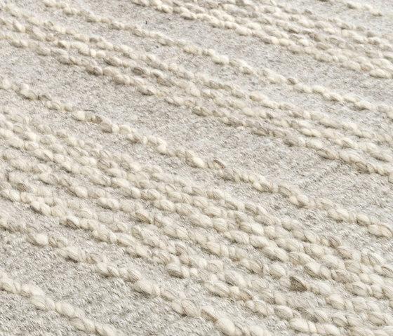 MNU 44 pumicestone di Miinu | Tappeti / Tappeti d'autore