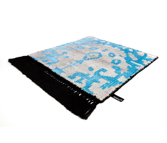 Vivid Vol. I natural peacock blue pure black by Miinu | Rugs / Designer rugs