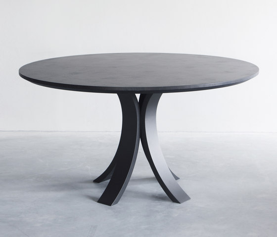 Kops Slim round table by Van Rossum | Dining tables