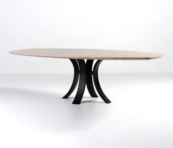 Kops slim dining table semi-oval by Van Rossum | Dining tables