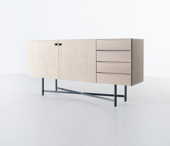 Kops slim sideboard by Van Rossum | Sideboards