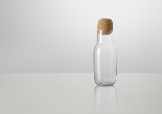 Corky | carafe by Muuto | Decanters