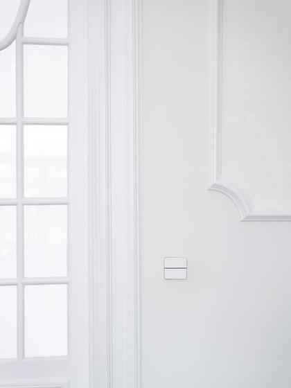 Enzo switch - white glass - 2-way di Basalte | Sistemi KNX