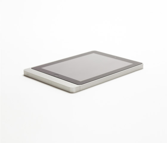 Eve brushed aluminium rounded by Basalte | Information terminals