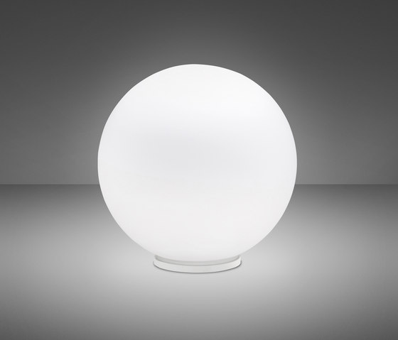 Lumi F07 B35 01 by Fabbian | Table lights