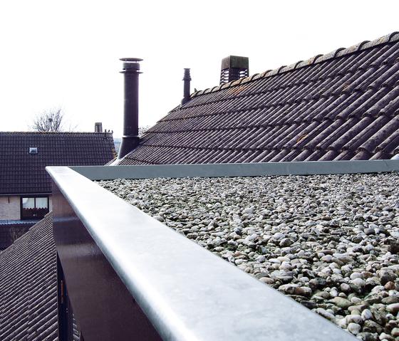 Architectural details | Mauer- & Ortgangabdeckung de RHEINZINK | Eléments de façade