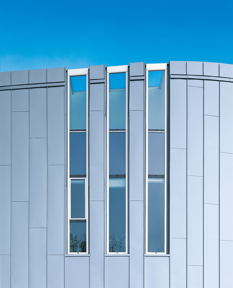 Seam systems | Angled standing seam by RHEINZINK | Facade constructions