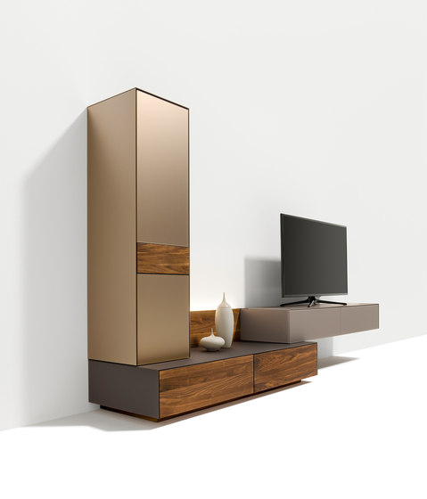cubus pure wall storage system by TEAM 7 | Wall storage systems