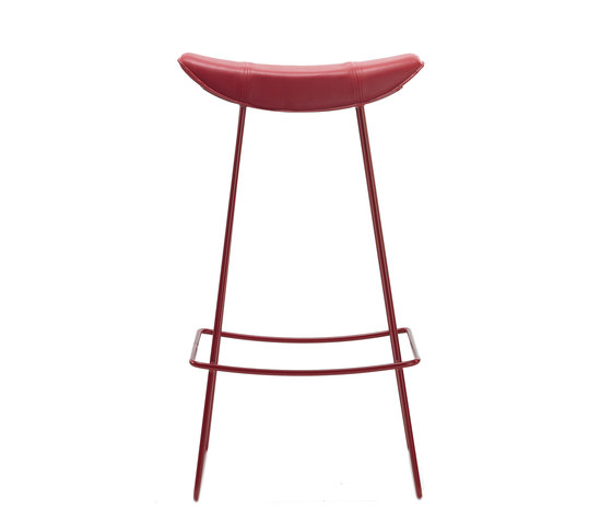 Kya Bar Stool by Freifrau Sitzmöbelmanufaktur | Bar stools