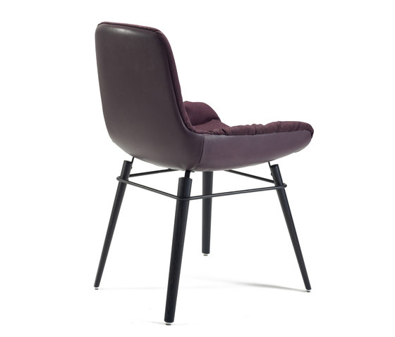 Leya armchair low by Freifrau Sitzmöbelmanufaktur | Conference chairs