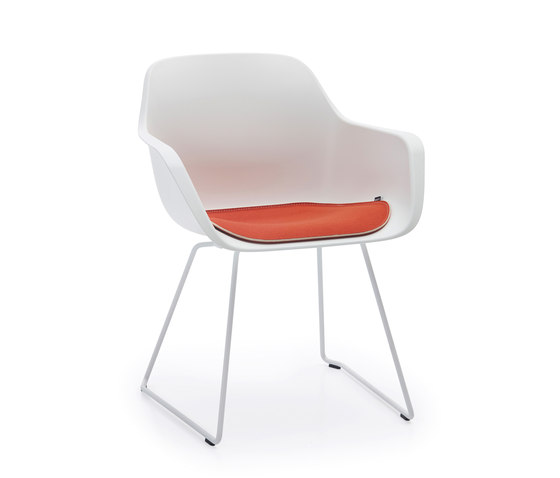 Captain´s sliding chair di extremis | Sedie