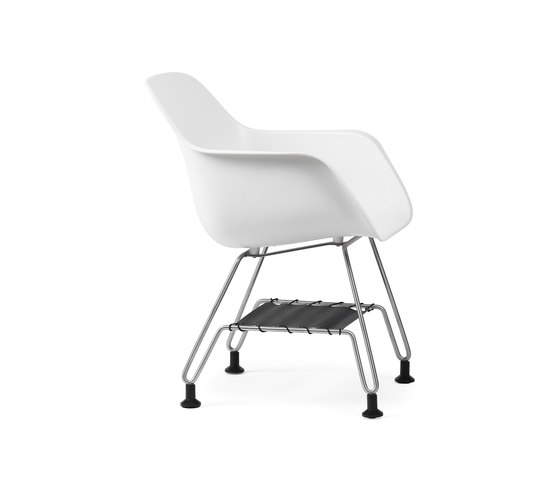 Captain's Paw Chair by extremis | Chairs