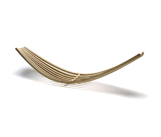 Sling by David Trubridge | Sun loungers