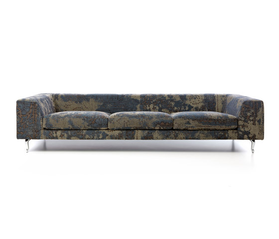 zliq sofa by moooi | Lounge sofas