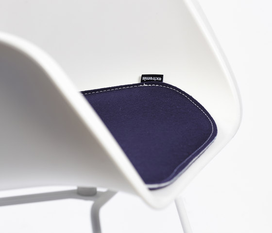 Captain's Chair cushion by extremis | Seat cushions