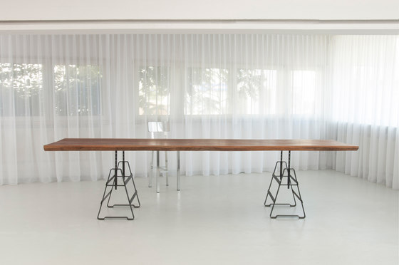 Plank by MORGEN | Dining tables