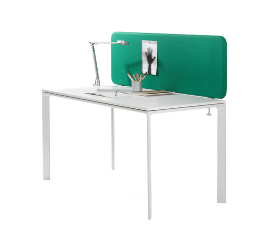 Softline™ table screen von Abstracta | Tischpaneele