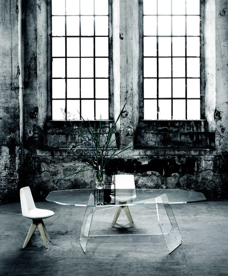 Quake by Glas Italia | Dining tables