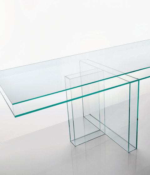 Verglas by Glas Italia | Meeting room tables