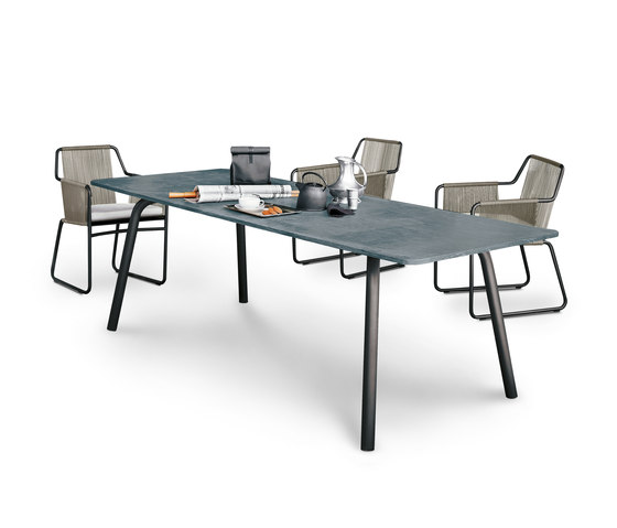 GRASSHOPPER 001 by Roda | Dining tables