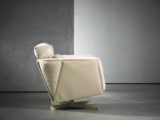 HEIT by Piet Boon | Lounge chairs