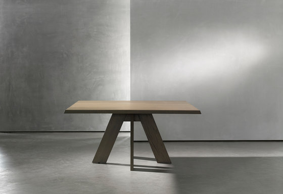 IDS table square by Piet Boon | Restaurant tables