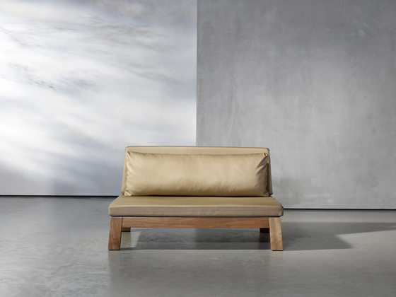 GIJS loveseat outdoor by Piet Boon | Garden sofas