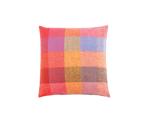 Squares Cushion di ZUZUNAGA | Cuscini