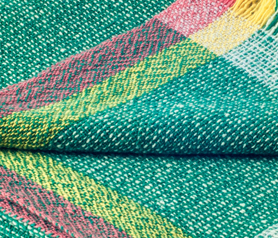 Intuition by ZUZUNAGA | Plaids / Blankets