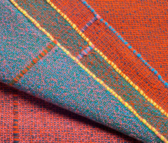 Quaternio Red von ZUZUNAGA | Decken