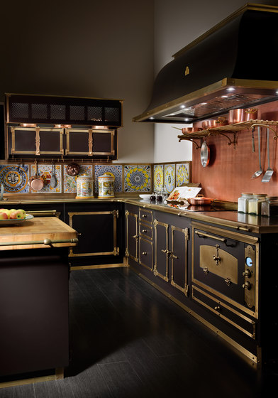 TAILOR MADE KITCHENS | COFFEE & BURNISHED BRASS KITCHEN by Officine Gullo | Fitted kitchens