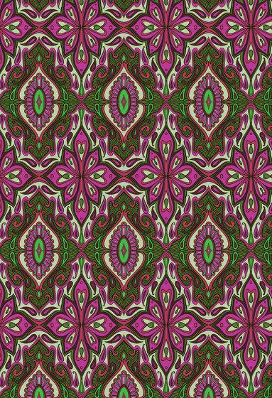 Floral pattern | Magenta and green repetitive design di wallunica | Carta da parati