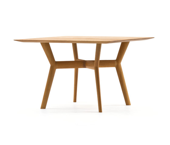 Opus by Time & Style | Restaurant tables
