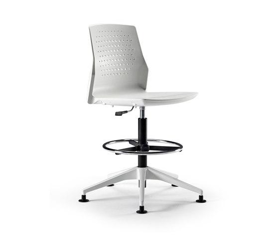 Uka Chair by actiu | Counter stools