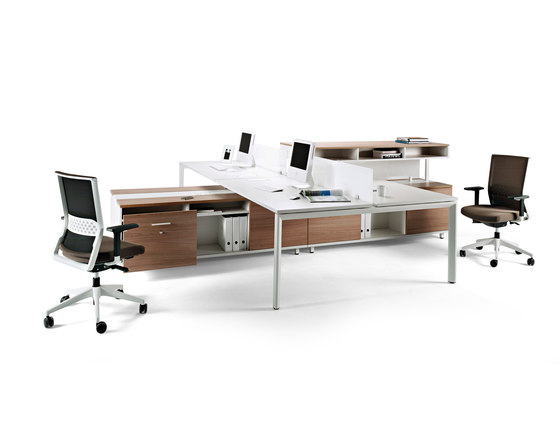 Spine by actiu | Desking systems