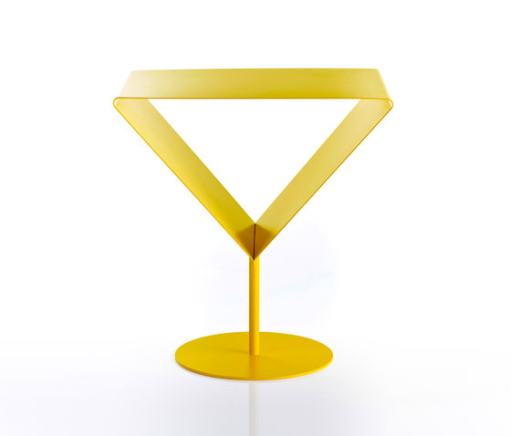 Martini by STENG LICHT   Side tables