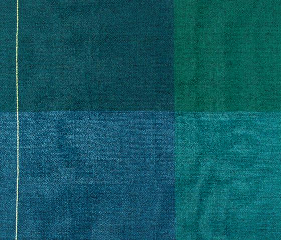 Quaternio Blue by ZUZUNAGA | Plaids / Blankets