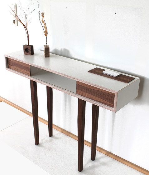Highrider Side Table de Andreas Janson | Tables consoles