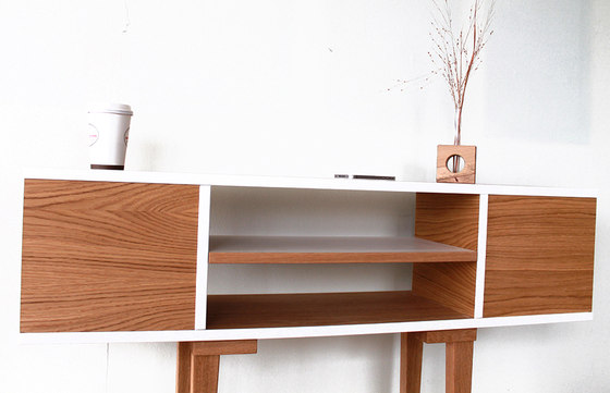 Shelftable by Andreas Janson | Console tables