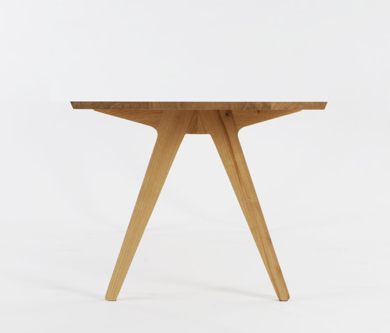 Dining Table by Hansen | Restaurant tables