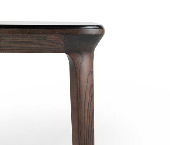 Manda by Busnelli | Dining tables