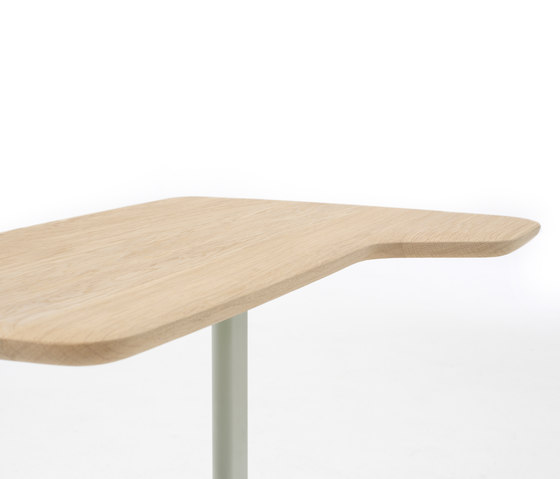 Utensils by Arco | Side tables