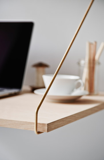 ROYAL SYSTEM® DESK by dk3 | Office shelving systems