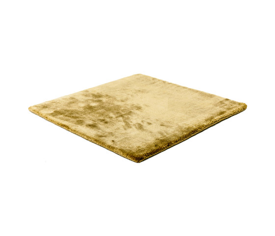 Studio NYC Pearl Edition gold by kymo | Rugs / Designer rugs